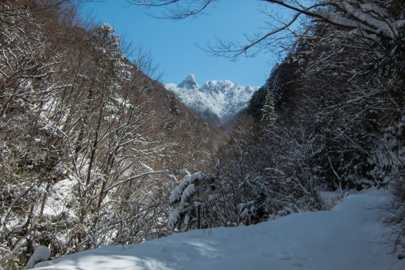 Inamuragatake and Dainichi yama seen from the Mitarai valley